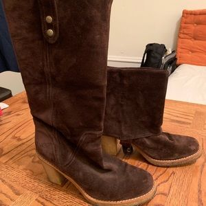 Josie ugg boots brown